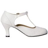 White Matte 7,5 cm retro vintage FLAPPER-26 Pumps with low heels